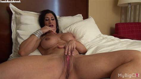 Hot Italian Plays With Her Big Clit Masturbation Porn