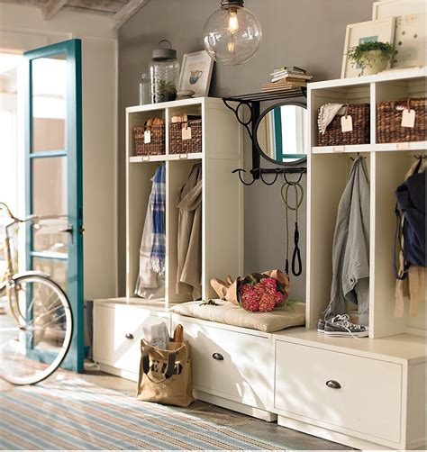 45 Entryway Storage Design Ideas To Try In Your House