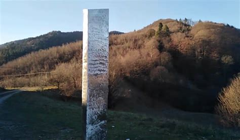 utah monolith disappears similar structure