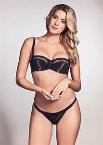 Lingerie Chantal Thomass : 17 best images about chantal thomass on pinterest thongs underwire bras and black silk ~ Teatrodelosmanantiales.com Idées de Décoration