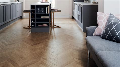Flooring   Solid Wood, Timber & Laminate Flooring