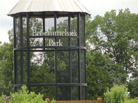 broemmelsiek park final phase open includes visitors center lake