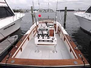 1981 Blackfin 25 Fisherman Diesel Stern Thruster Boats