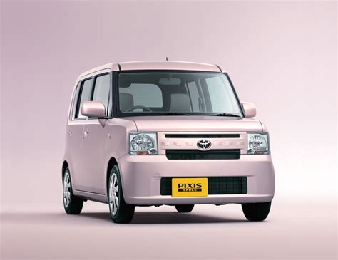 toyota motors japan tmc launches 39 pixis space 39 minivehicle in japan toyota