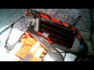 Batterie Bmw 320d : bmw 3 series e90 1 2 battery removal how to diy bmtroubleu how to save money and do it yourself ~ Gottalentnigeria.com Avis de Voitures