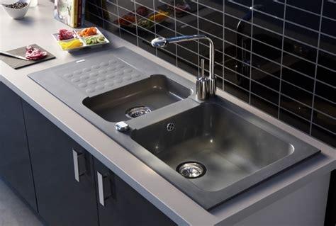 protege evier cuisine evier de cuisine en ceramique nouveaux modèles de maison
