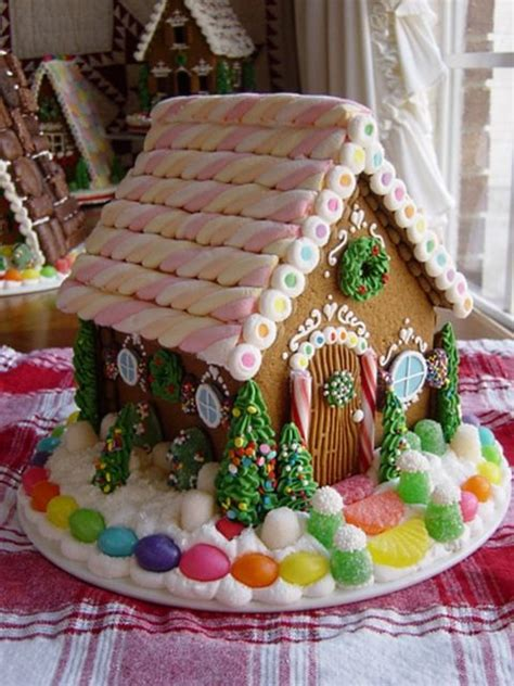 gingerbread house roof ideas gingerbread house design ideas the roof pictures of and mom