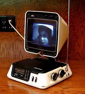 Jvc 3100r Video Capsule Television  Radio  1978