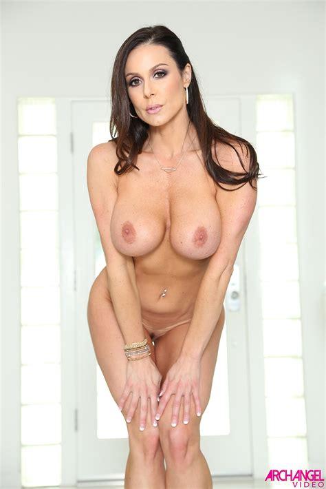 Kendra Lust Busty Milf Rides Stiff Cock