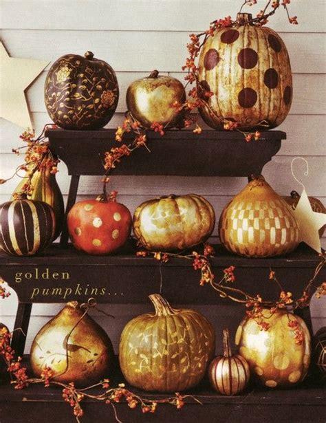 Kuerbis Dekorationsideen by Decorated Golden Pumpkins Inspiration