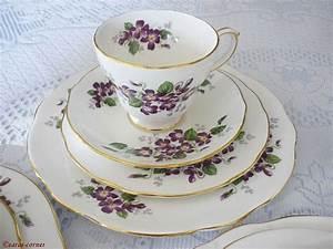 Porzellan Geschirr Hersteller : die besten 25 teeservice porzellan ideen auf pinterest ~ Michelbontemps.com Haus und Dekorationen
