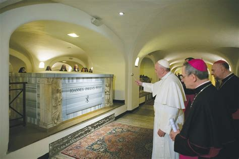 Francis Blesses Tombs Of Popes
