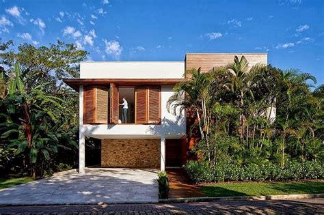 contemporary iporanga house  patricia bergantin arquitetura architectural drawing awesome