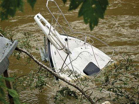 Boat Us Insurance by Boat Insurance 3 Important Coverages Boaters Sometimes