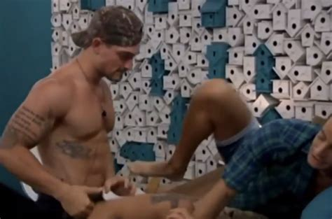 """The Hotly Anticipated Gay/Straight """"Big Brother"""" Threesome Finally Happened / Queerty"""