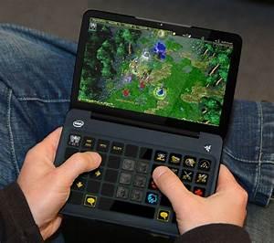 Razer Switchblade Concept Is Powered By Intel Atom Z690 1