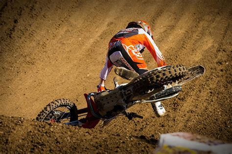 the best dirt bike top 10 gnarliest motocross crashes of 2013 photo