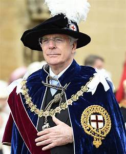 Order of the Garter: Queen leads ceremony to honour Royals ...