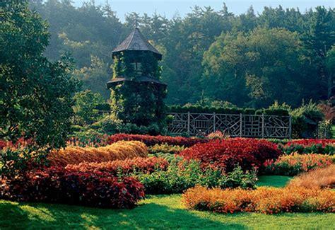 [Riverfall Location] Vyctoria's Conservatory : Riverfall