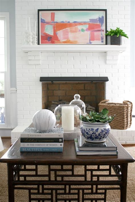 I know many of you have seen posts and articles about this, but, my tips are simple and quick. How I Style My Coffee Table {Video} - Emily A. Clark