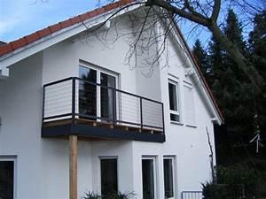 Geländer Für Treppe : elegante gel nder f r balkon und treppe aus metall oder ~ Michelbontemps.com Haus und Dekorationen