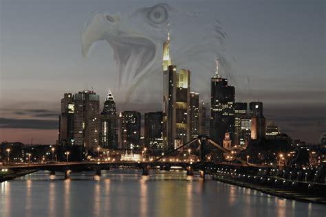 skyline im adlerrausch foto bild fotomontage