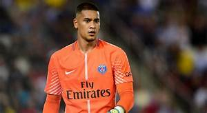 L1 - Psg   Alphonse Areola Attend Une Offre