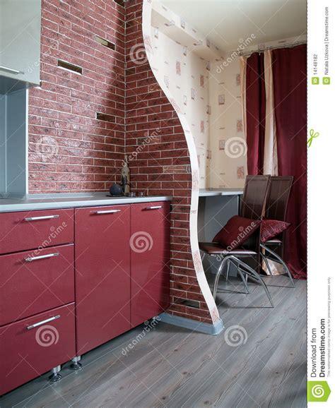 rideaux cuisine gris cuisine moderne avec un mur de briques photographie stock image 14148182