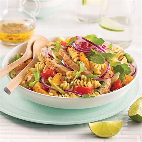 salade de p 226 tes poulet roquette et oranges recettes cuisine et nutrition pratico pratique