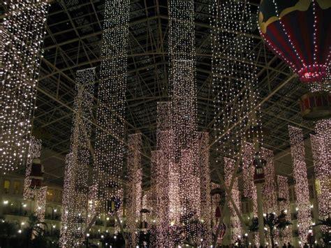 gaylord opryland s christmas lights travel pinterest
