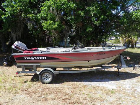 tracker pro deep    boats  sale
