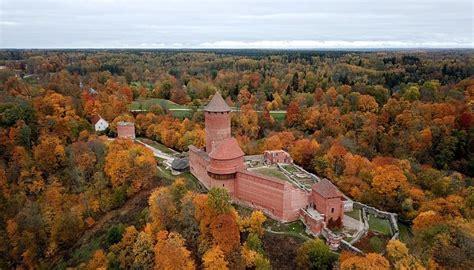 Zelta rudeni Siguldā dodas vērot līdz pat 100 000 ...
