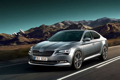 Skoda Superb updated with new tech for 2017   Auto Express