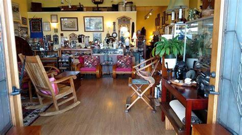 amazing antique shops  hawaii