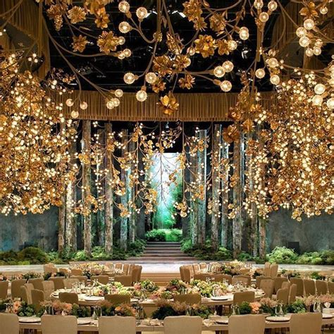 Now that's a real magical wedding decor we would like to