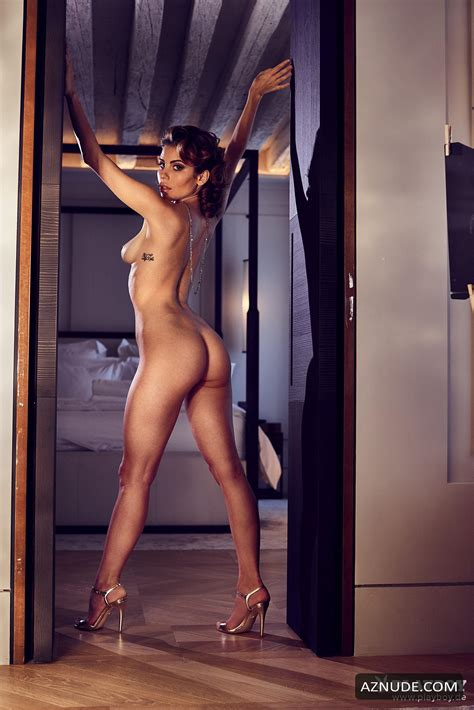 CHIARA ARRIGHI Nude AZNude