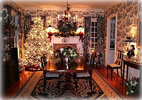 black  white toile  christmas tree dining rm