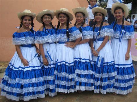 salvadoran dresses not all who wander are lost el