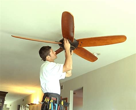 how much electricity does a box fan use install or replace ceiling fans homefix handyman
