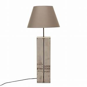 Alinea Luminaire Salon : lampadaire avec abat jour h115cm bois taupe palette les lampadaires luminaires salon et ~ Teatrodelosmanantiales.com Idées de Décoration