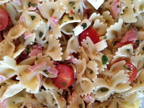 recette salade de pates froides italienne les 25 meilleures id 233 es concernant recettes de salade de p 226 tes sur accompagnement de