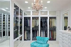 Kleiderschrank Mit Glastüren : begehbarer kleiderschrank mit vitrine t ren wohnideen einrichten ~ Whattoseeinmadrid.com Haus und Dekorationen