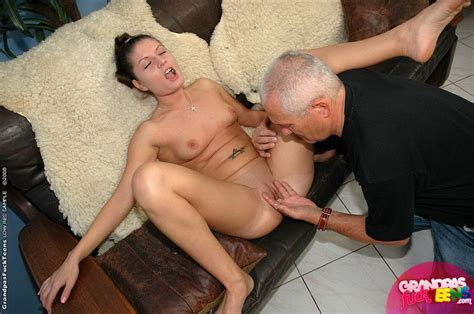 Older man young women sex. Old grandpa is f - XXX Dessert - Picture 2