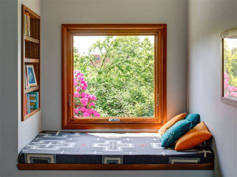 Windowsill Or Window Sill by Cool Ways To Turn The Windowsill Into An Awesome Feature