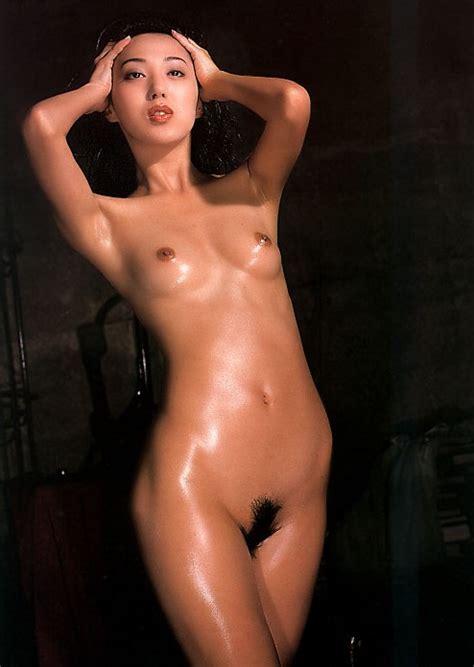 Hitomi Shiraishi Nudes