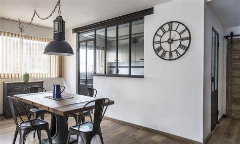 appartement avec une chambre verrière cuisine avec fenêtre ouvrants steel in box