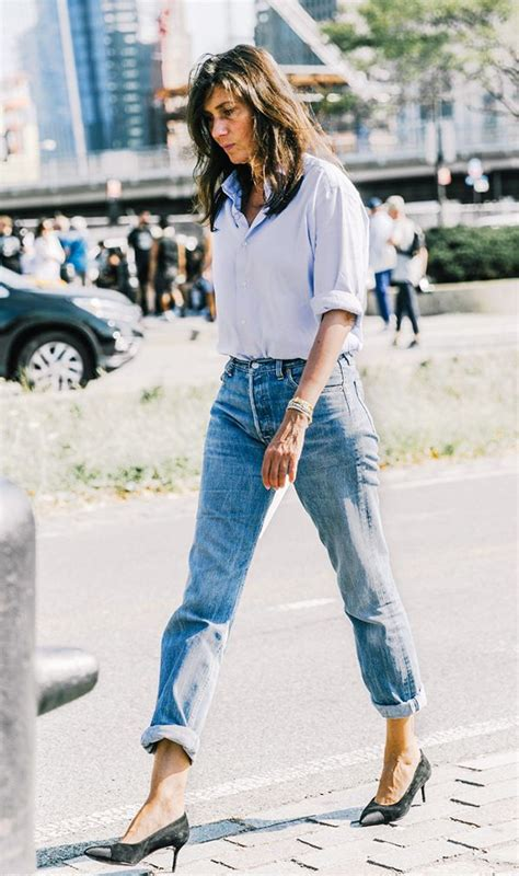 How to Wear Mom Jeansu2014The Tops Shoes and Boots That Work   WhoWhatWear UK