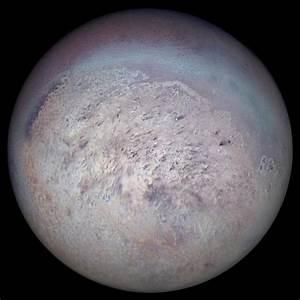 Triton – Neptune's satellite, unusual moon, dwarf planet