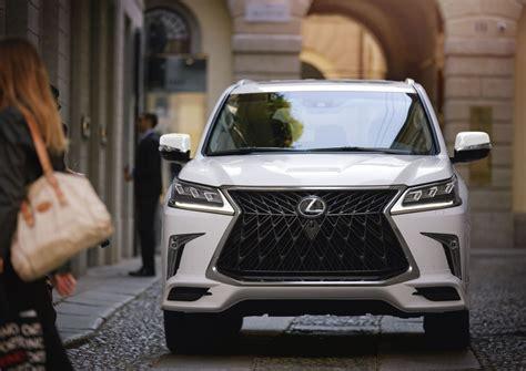 lexus lx introduces  bold front
