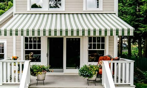 retractable awnings vermontvt retractable patio awningsdeck awnings